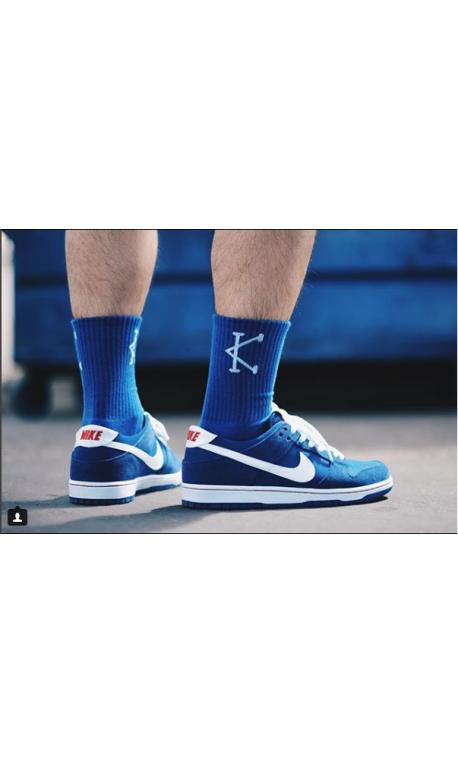 Chaussettes athlete 2.0 bleues logo Blanc pour Athlète by CAFFEINE AND KILOS