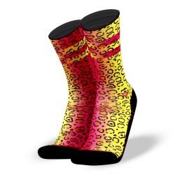 Chaussettes multicolores WILD FLUOR pour athlète by LITHE APPAREL